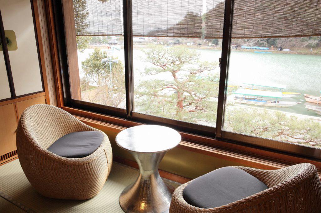 竹 窓景色イメージ(嵐山べんけい)