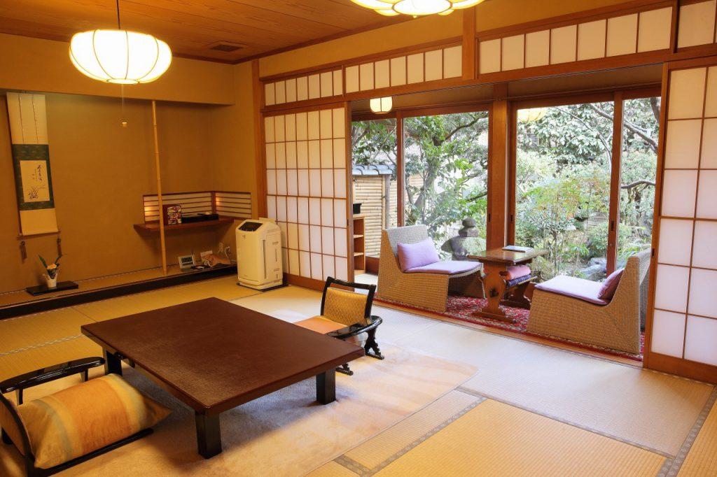 常盤の間 京都嵐山温泉旅館辨慶(ベンケイ)