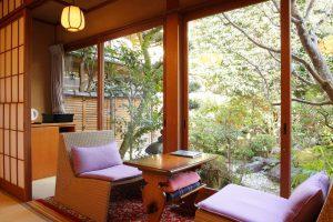 常盤の間 縁側 京都嵐山温泉旅館辨慶(ベンケイ)